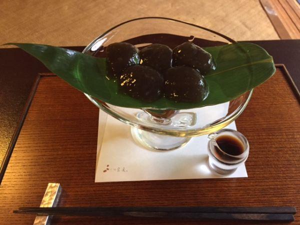 京都・下鴨 茶寮宝泉のわらび餅