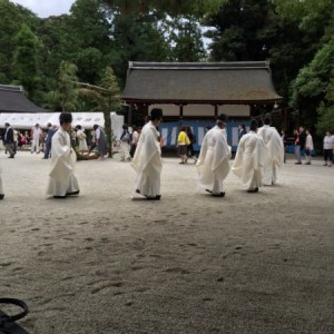 夏越の祓 茅の輪くぐり2.JPG