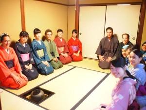 きもので茶道体験